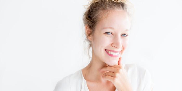 ¿Qué acciones amarillean tus dientes? - Canodent, Laboratorio Clínico