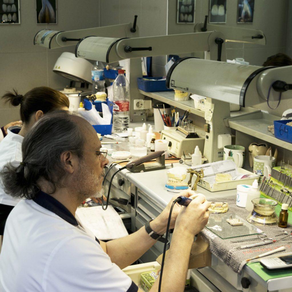 Prótesis dental Sevilla